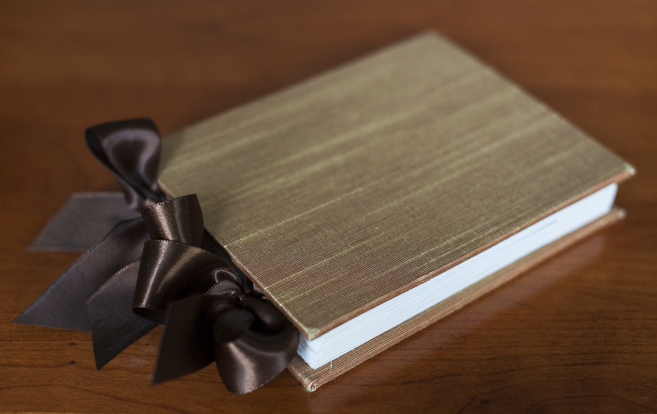 Custom made accordion book